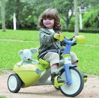 как-научить-ребенка-крутить-педали-на-велосипеде-фото