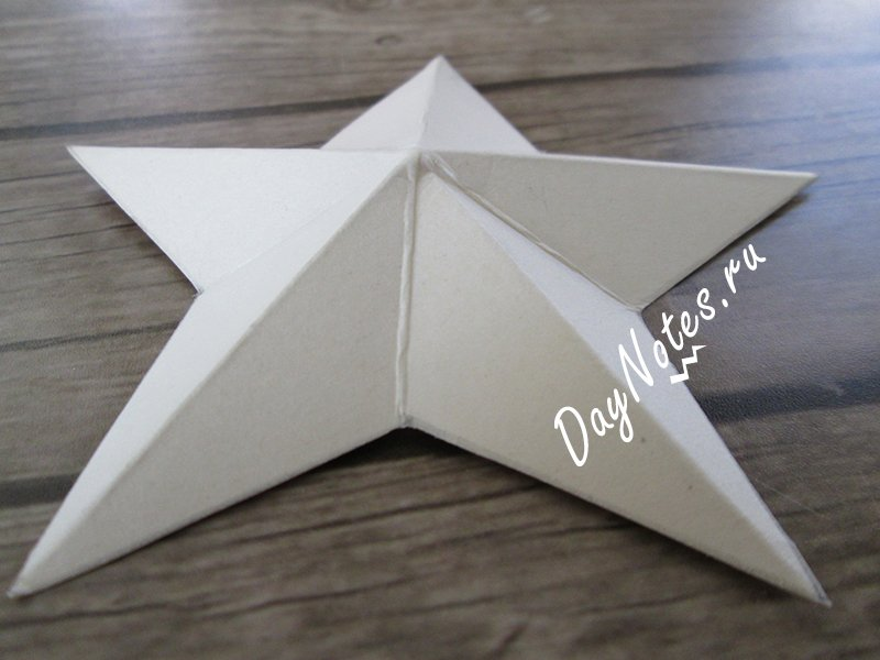 звезда из бумаги на 9 мая