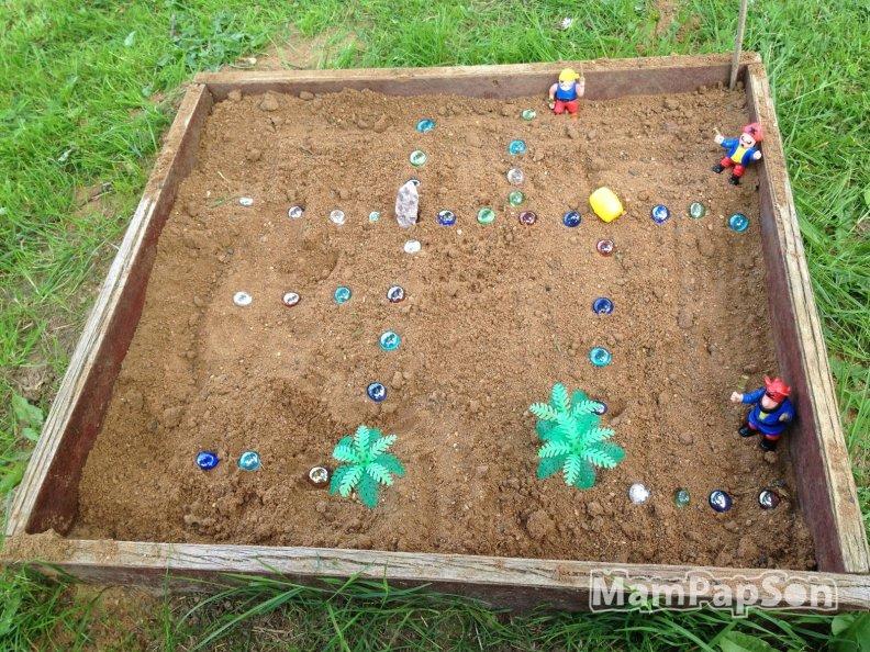 поиск клада в песке