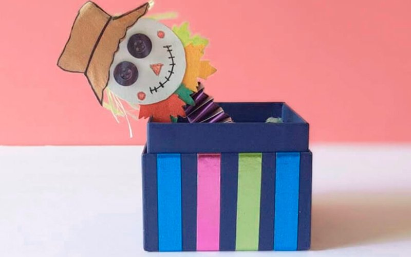 страшила из бумаги на хеллоуин