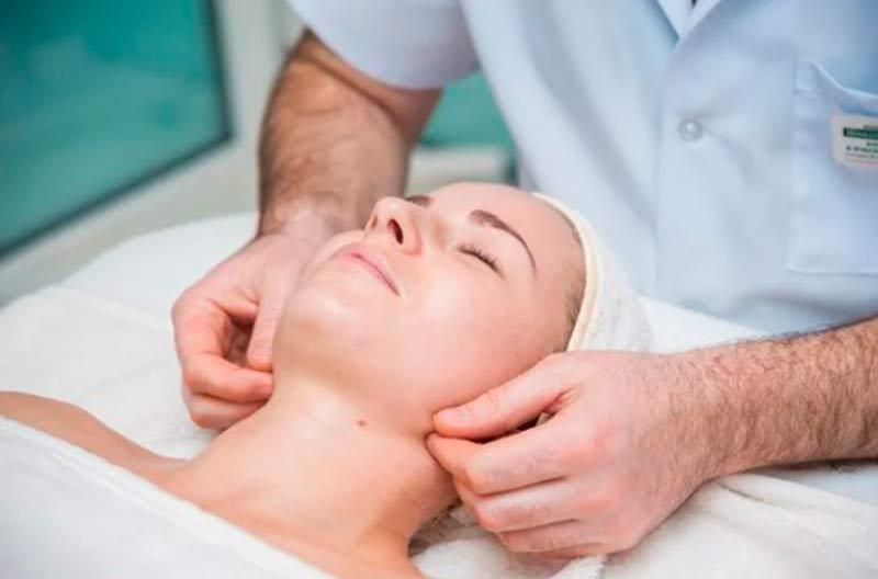 Как убрать морщины на лице без операции